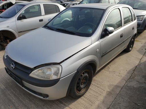 Dezmembrez Opel Corsa C 2001 1.0i Z10XE