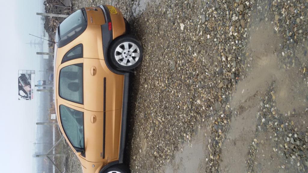 Dezmembrez Opel Corsa C 2003.1.7 DTI