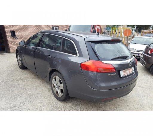 Dezmembrez Opel insignia 2011 Break
