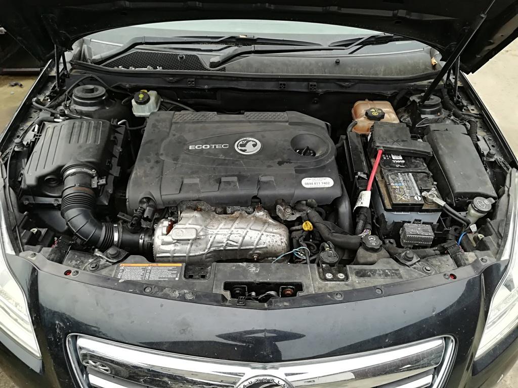 Dezmembrez Opel Insignia A 2010 hatchback 2000