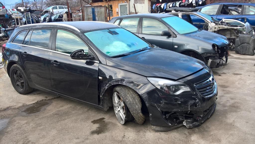 Dezmembrez Opel Insignia A 2014 break 2.0