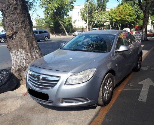 Dezmembrez Opel Insignia A
