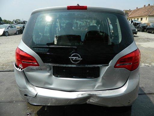 Dezmembrez Opel Meriva B , 2010->