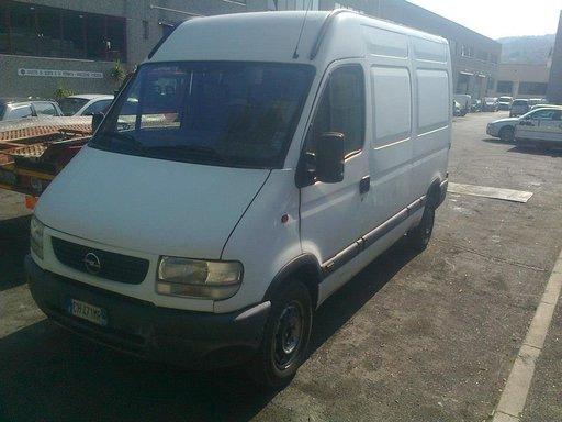 Dezmembrez Opel Movano 2.5 DTI 2000