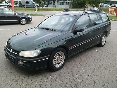 Dezmembrez Opel Omega A an 1995
