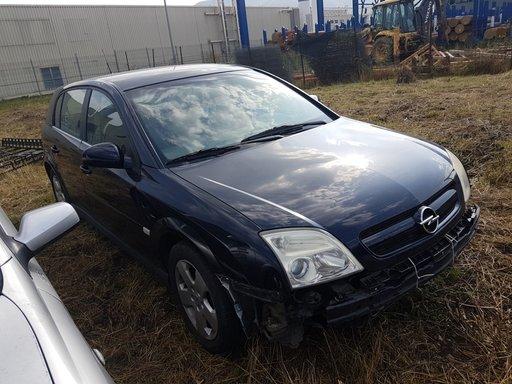 Dezmembrez Opel Signum 2.2 benzina