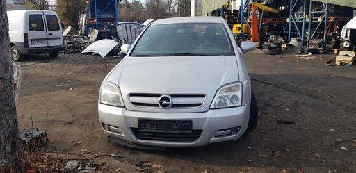 Dezmembrez Opel Signum 2.2 CDTi 125 Cp an 2004
