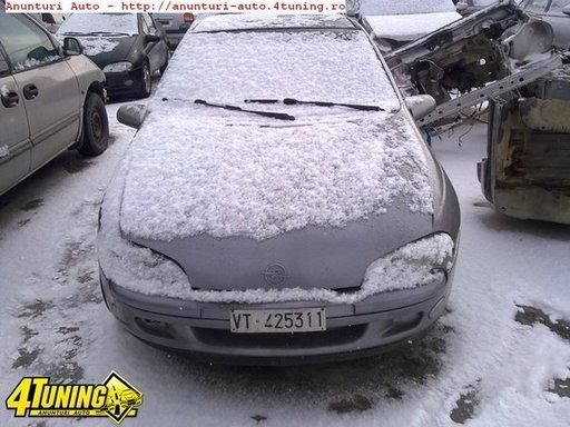 Dezmembrez Opel Tigra 1 4i An 1997