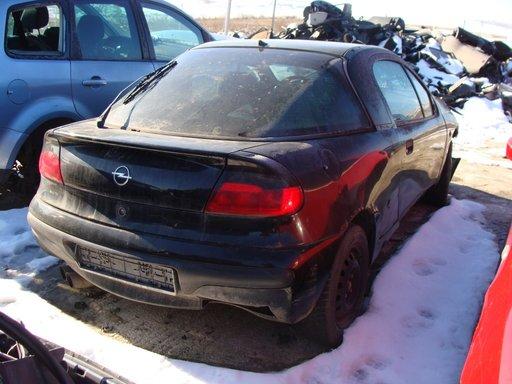 Dezmembrez Opel Tigra 1997