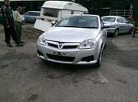Dezmembrez Opel Tigra B TwinTop Z14XEP