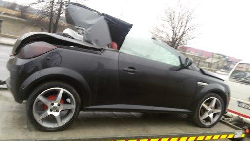 Dezmembrez Opel Tigra