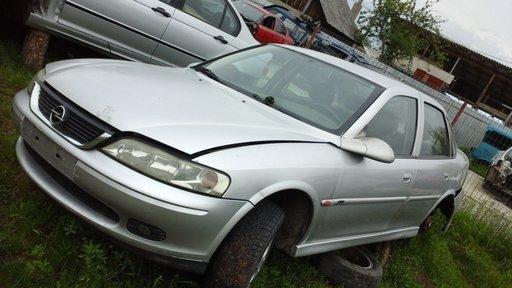 Dezmembrez Opel Vectra 2.0 DTL