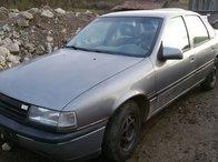 Dezmembrez Opel Vectra A 1.6i