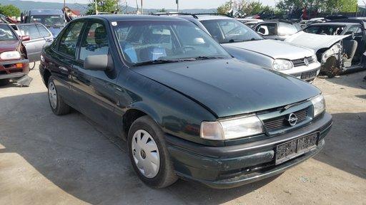 Dezmembrez Opel Vectra A, an 1995, 1.7 diesel