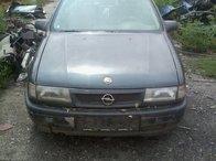 Dezmembrez Opel Vectra A an fabricatie 1995,motor 2.0I 8VALVE