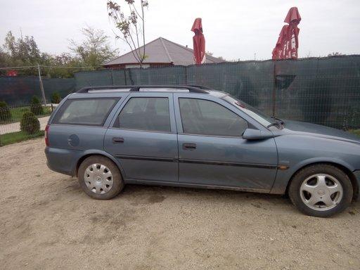Dezmembrez Opel vectra b 1,6 16V