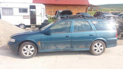 Dezmembrez Opel Vectra B , 2.0 DTI , anul 2001 , albastru