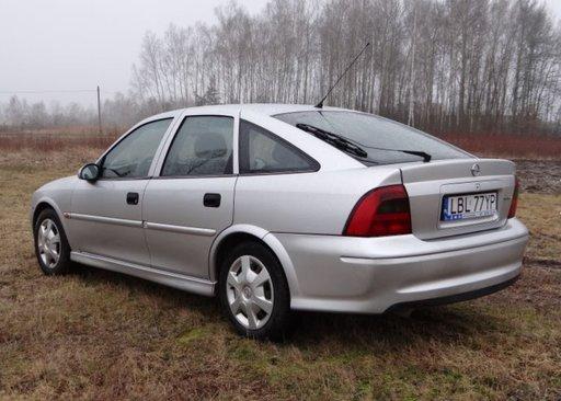 Dezmembrez Opel Vectra b 2001 1.6 hatchback