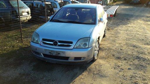 Dezmembrez Opel vectra berlina c 2.2 dti 2004