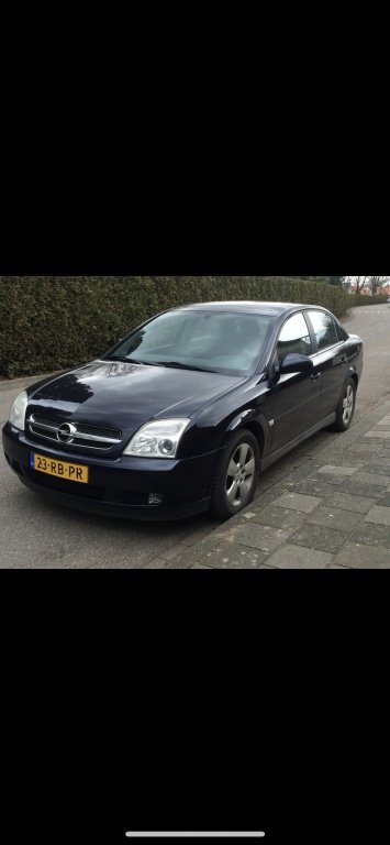 Dezmembrez Opel Vectra c 1.8 benzina 2004