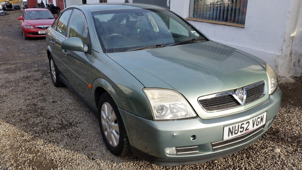 Dezmembrez Opel Vectra C 2.0 DTI 16V 74kw 101cp 2003