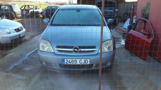 Dezmembrez Opel vectra c 2.2 dti 2004