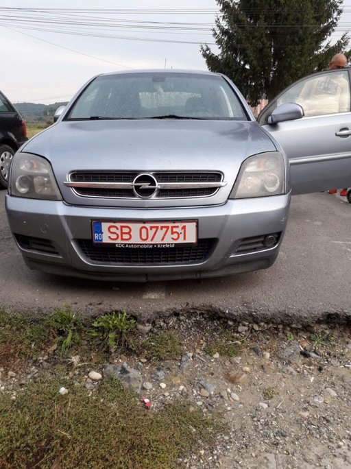 Dezmembrez Opel Vectra C 2.2dti gts