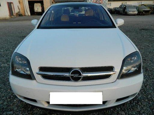 Dezmembrez Opel Vectra C - 2002