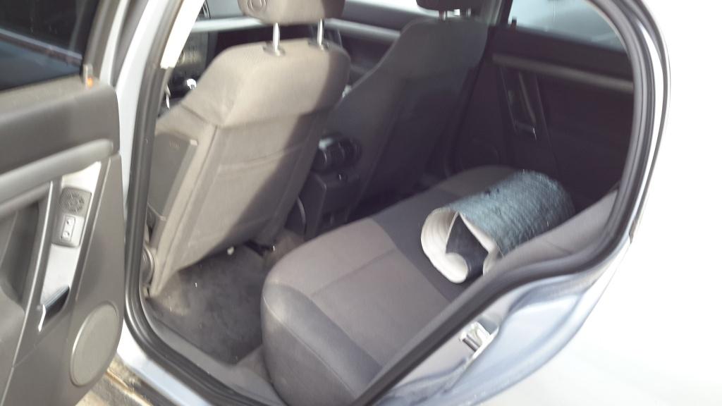 Dezmembrez Opel Vectra C 2003 berlina 2.2 dti