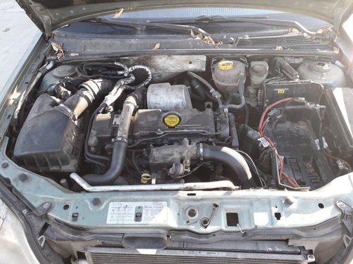 Dezmembrez Opel Vectra C 2003 Berlina 2.2