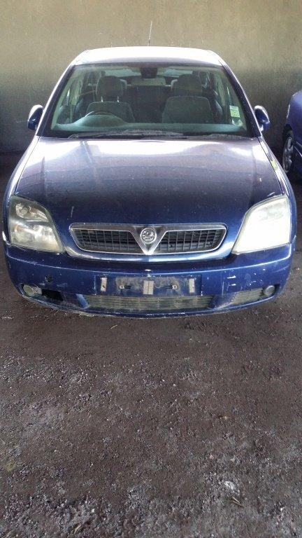 Dezmembrez Opel Vectra C 2005 1.9 motorina (Dez05)