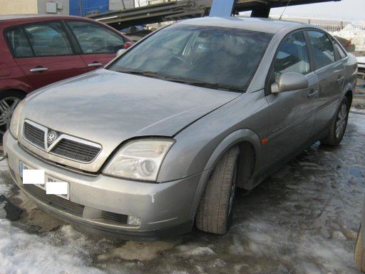Dezmembrez Opel Vectra C din 2003, 2.2b