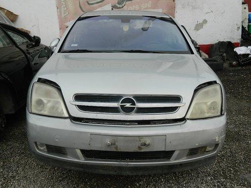 Dezmembrez Opel Vectra C din 2003