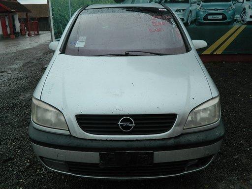 Dezmembrez Opel Zafira - 2002