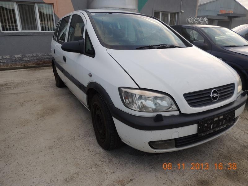 Dezmembrez OPEL ZAFIRA, model masina 2001 Oradea