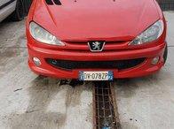 Dezmembrez peugeot 206 cc an de fabricatie 2005