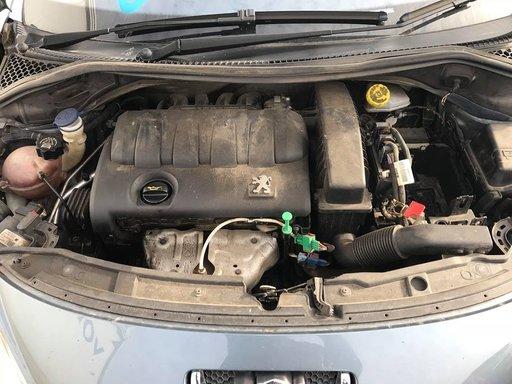 Dezmembrez Peugeot 207 2006 hatchback 1.4