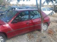 Dezmembrez Peugeot 306 din 1997 1.6 benzina varianta hatchback