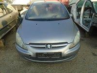 Dezmembrez Peugeot 307 2004 hatchback 2