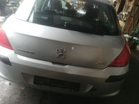 Dezmembrez Peugeot 308 1.6 HDI an fab 2007