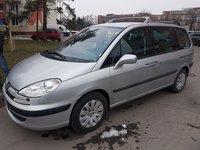 Dezmembrez Peugeot 807 2.2hdi