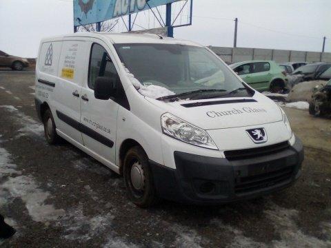 Dezmembrez Peugeot Expert an 2008 motorizare 1.6 HDI 90 16V