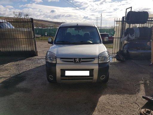 Dezmembrez Peugeot Partner 2006 1,6tdi