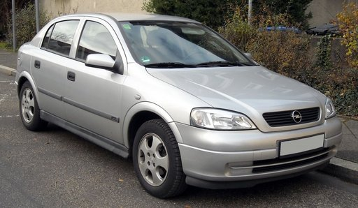 Dezmembrez piese Opel Astra G X 2.0 DTL