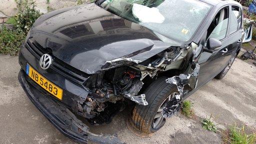Dezmembrez piese VW Golf 6 hb 2.0 TDI an 2009 161433 km