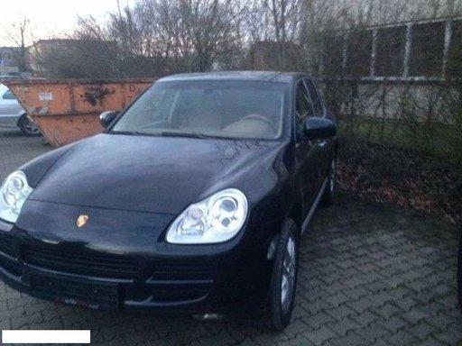 Dezmembrez Porsche Cayenne 2004 3.2 Benzina