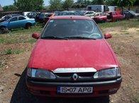 Dezmembrez Renault 19X53 1995 Rosu 2.5 Benzina