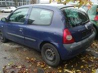 Dezmembrez Renault Clio 2 2usi motor 1.2 i 8v