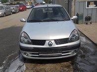 Dezmembrez Renault Clio 2004 BERLINA 1.5 euro 3