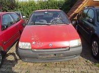 Dezmembrez Renault Clio an 1991-1998